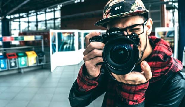 Lavorare come fotografo all'estero nuove assunzione per 100 fotografi in Italia e all'Estero