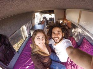 Viaggiare nel mondo a bordo di un van