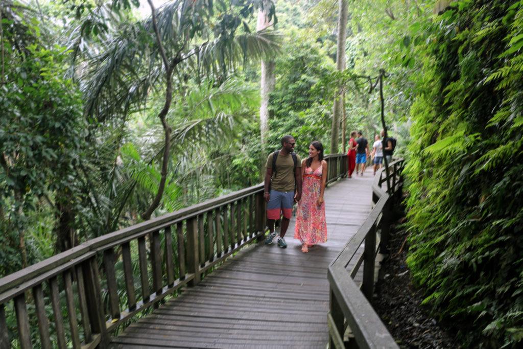 Love and Travel: si sposano, a grande sorpresa, su una spiaggia delle Seychelles