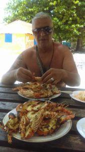 Filippo si è trasferito vivere ad Haiti dove sta aprendo un piccolo hotel in spiaggia