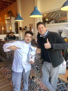Mauro Serena si è trasferito a vivere e lavorare a Barcellona
