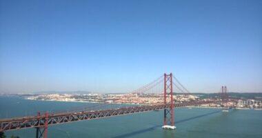 Moody's alza il rating del Portogallo e lo porta al livello investment grade