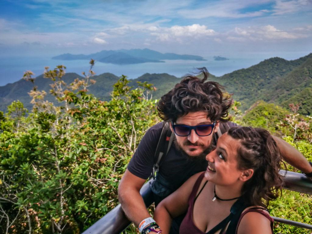 Giro dell'Asia Due Cuori Nomadi in giro per il mondo: la storia di Bruna e Thomas