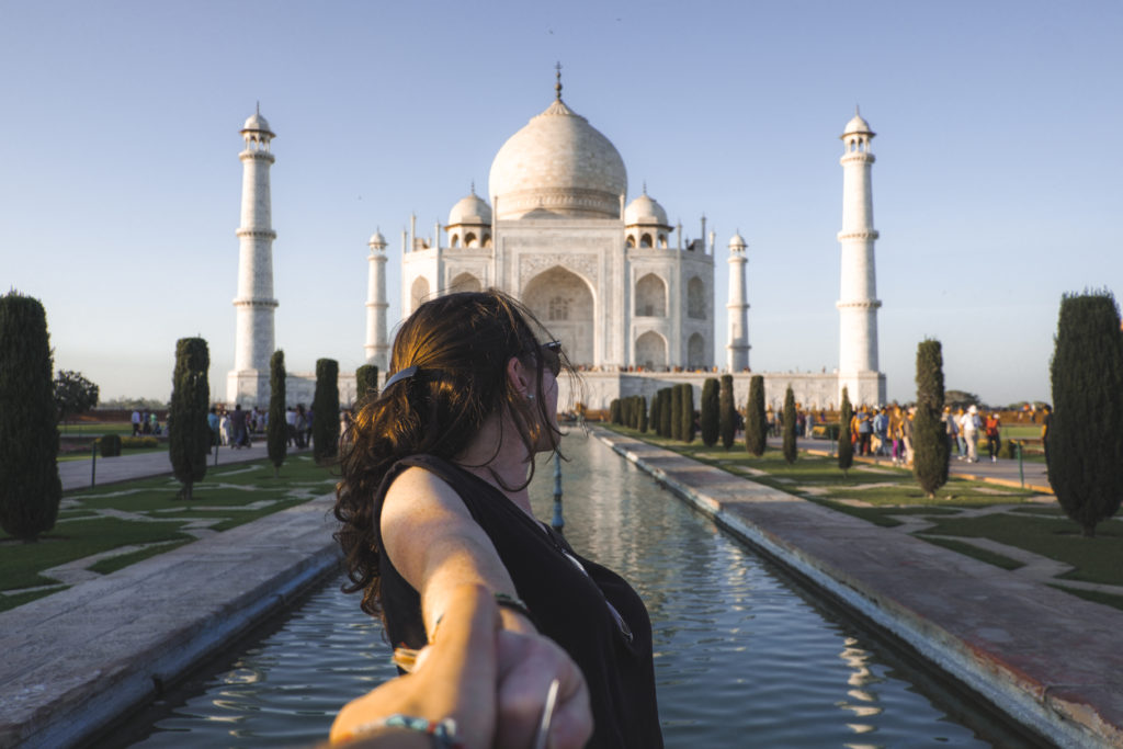 The Nomad Happiness - Taj Mahal