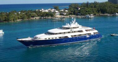 recensire yacht
