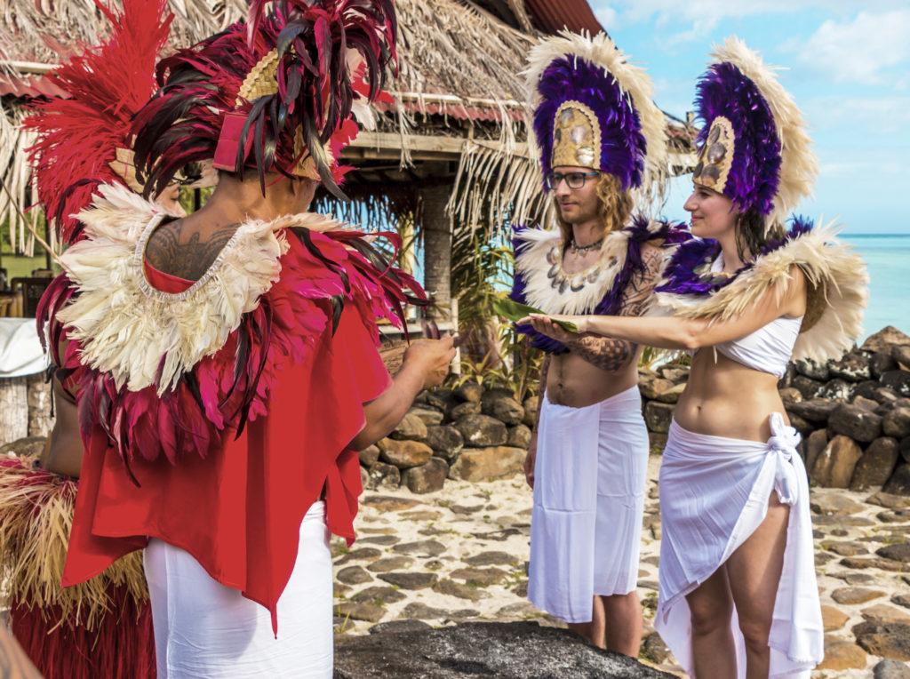 Storie di Travel Vlogger italiani: Giorgio e Martina di In Viaggio col Tubo ci raccontano la loro - Matrimonio: Polinesia Francese