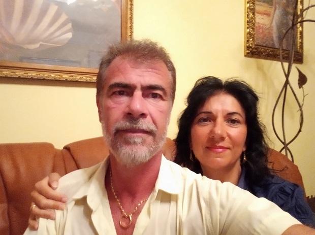 Barbara, insegnante di italiano in Francia, con suo marito